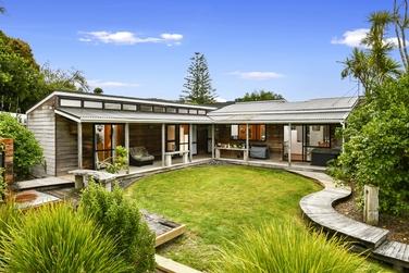 16 Opanuku Road Henderson Valley property image