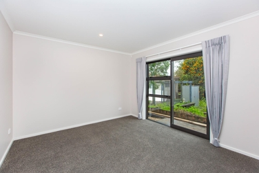 9/14 Abbotsford Street Whitioraproperty carousel image