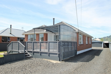 18 Perth Street Mosgielproperty carousel image