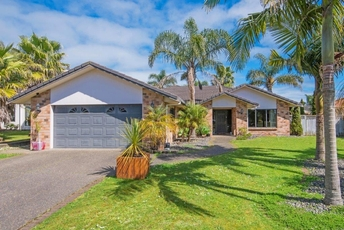 7 Crannich Place Wattle Downs property image