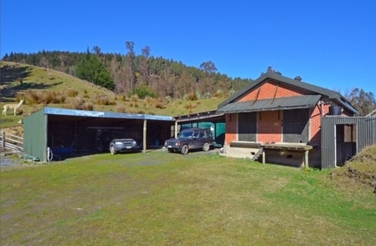 328 Gladstone Road North Mosgielproperty carousel image