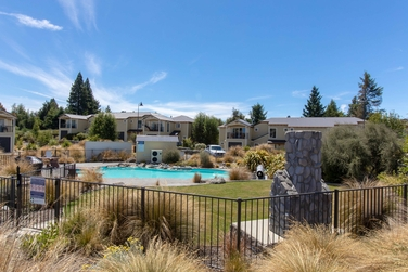 19/1 Beauchamp Place Lake Tekapoproperty carousel image