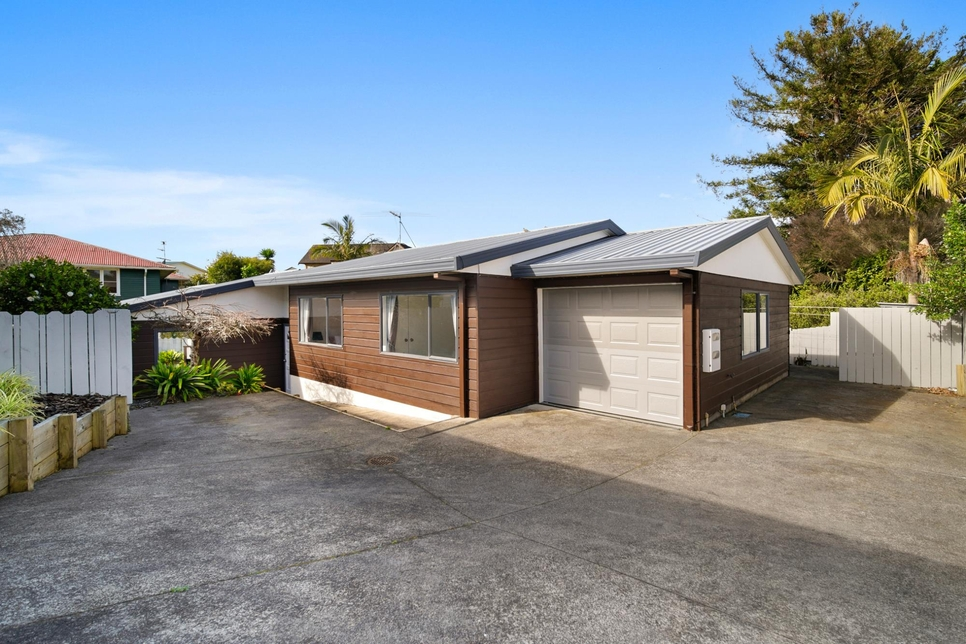 3/6A Botany Road Howick featured property image