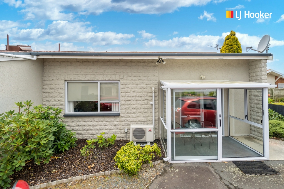 E/133 Macandrew Road South Dunedin featured property image
