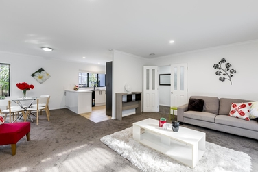 3/8 Golf Road New Lynnproperty carousel image